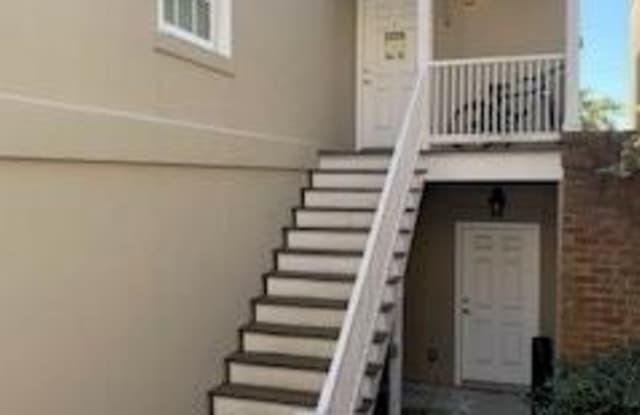 315 W Taylor Street - 315 West Taylor Street, Savannah, GA 31401