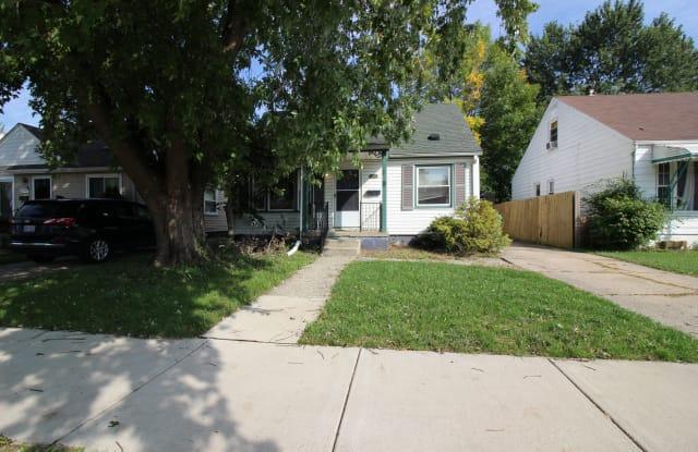 22436 Cushing Ave - 22436 Cushing Avenue, Eastpointe, MI 48021