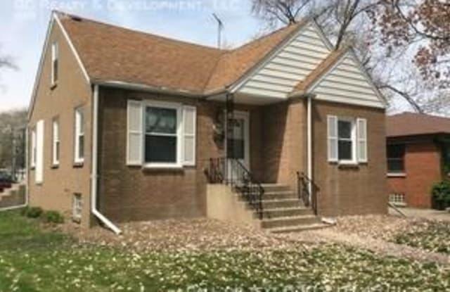 18052 Wentworth - 18052 Wentworth Avenue, Lansing, IL 60438