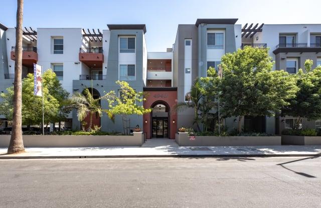 Park Encino - 4940 Paso Robles Ave, Los Angeles, CA 91316