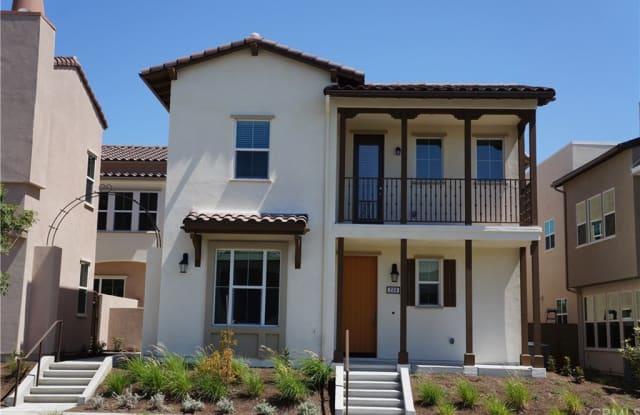 208 Cultivate - 208 Cultivate, Irvine, CA 92618