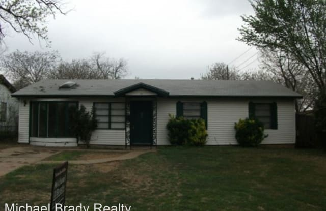 102 Travis Drive - 102 West Travis Drive, Euless, TX 76039