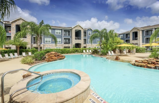 Summerbrooke Apartments - 1225 Lawrence Rd, Kemah, TX 77573