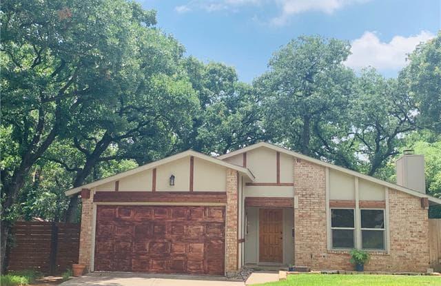 409 Lone Oak Circle - 409 Lone Oak Circle, Euless, TX 76039