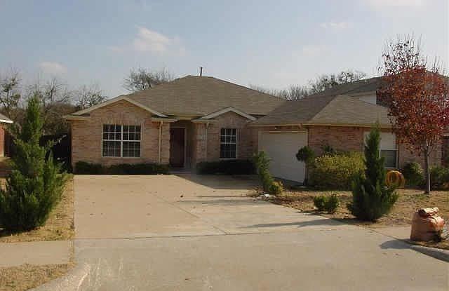 4716 Lee Hutson Lane - 4716 Lee Hutson Lane, Sachse, TX 75048