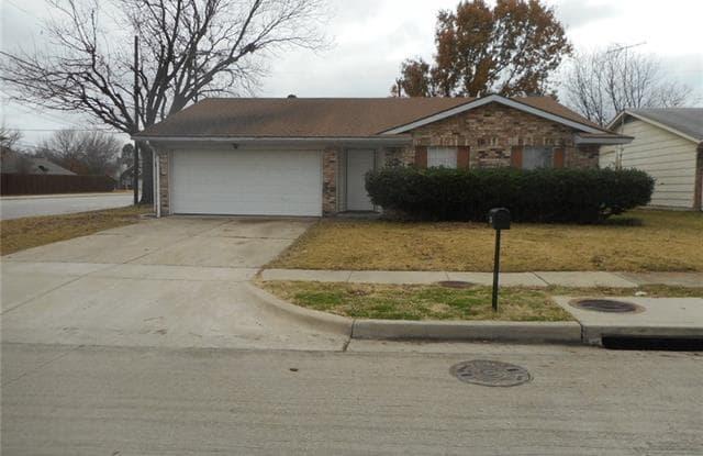 401 Southlake Drive - 401 Southlake Dr, Forney, TX 75126