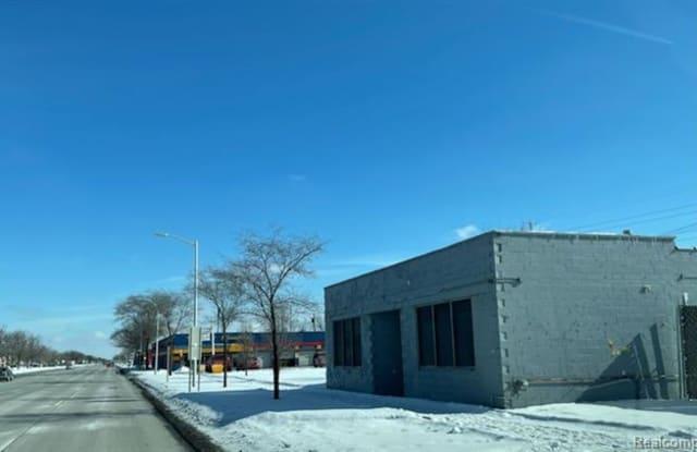 32541 E MICHIGAN Avenue - 32541 Michigan Avenue, Wayne, MI 48184