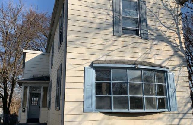 1836 Pleasant Avenue - 1836 Pleasant Avenue, Hamilton, OH 45015