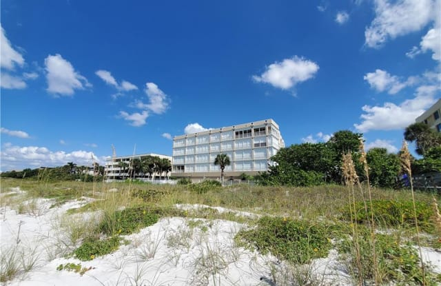 2 15TH AVENUE - 2 15th Avenue, Indian Rocks Beach, FL 33785