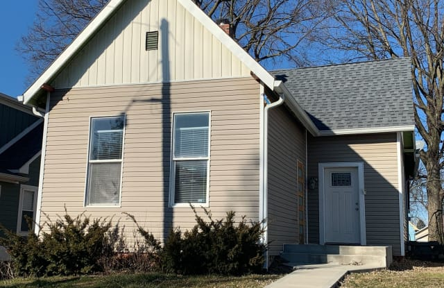 430 Parkway Ave - 430 Parkway Avenue, Indianapolis, IN 46225