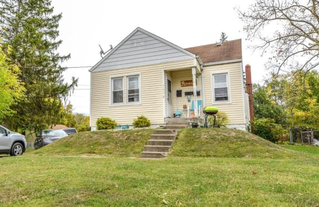 7670 Pippin Road Apt. 1 (back) - 7670 Pippin Road, White Oak, OH 45239