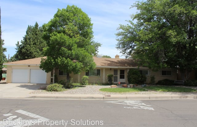 7605 Mountain Road NE - 7605 Mountain Road Northeast, Albuquerque, NM 87110
