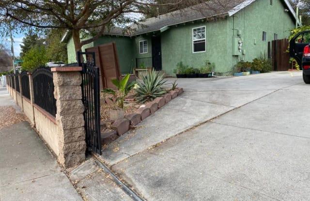 1580 Navarro Ave - 1580 Navarro Avenue, Pasadena, CA 91103