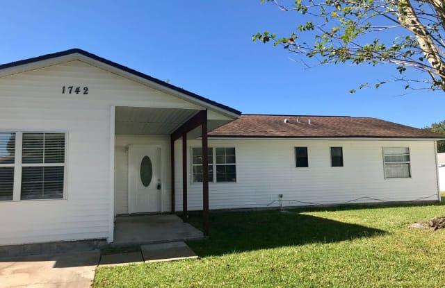 1742 Citrus View Ct. - 1742 Citrus View Court, St. Cloud, FL 34769