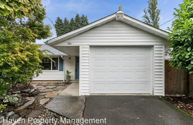 2262 Shelton Ave NE - 2262 Shelton Avenue Northeast, Renton, WA 98056