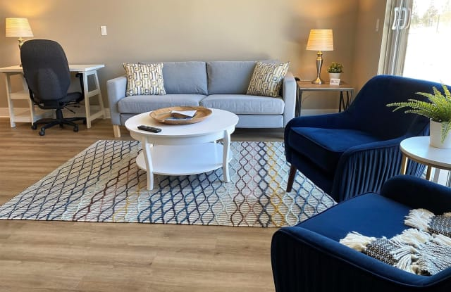 Flex Lease/Furnished @ Cedar Valley Luxury Living - 1401 South Rochester Road, Rochester Hills, MI 48307