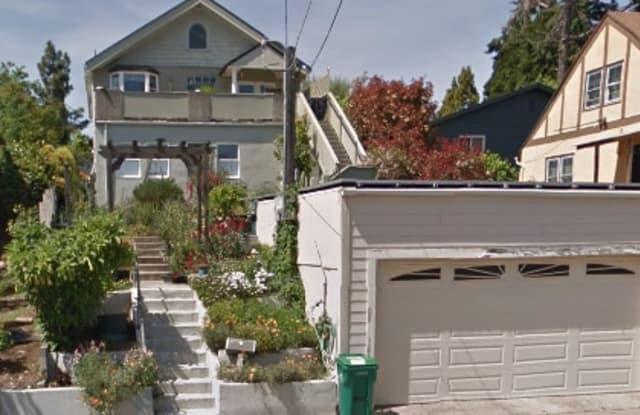 3301 Kingsland Ave - 3301 Kingsland Avenue, Oakland, CA 94619