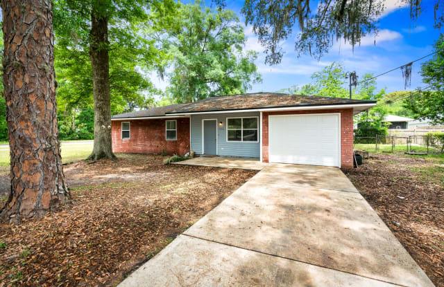 1516 Elsie Street - 1516 Elsie Street, Green Cove Springs, FL 32043