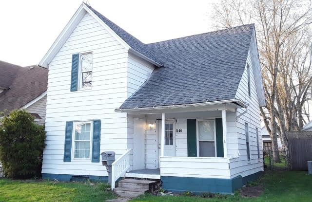 512 W Grove St - 512 West Grove Street, Mishawaka, IN 46545