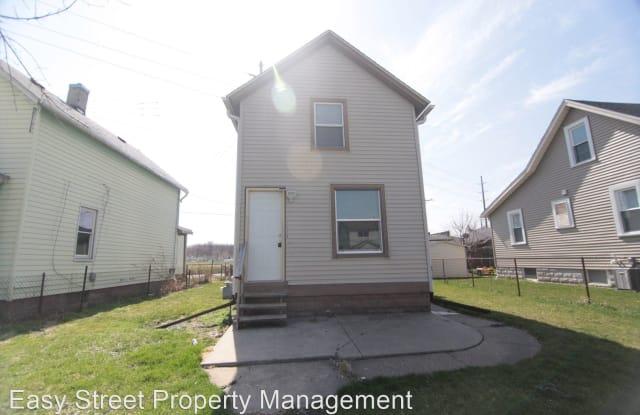 1548 11th Ave - 1548 11th Avenue, East Moline, IL 61244