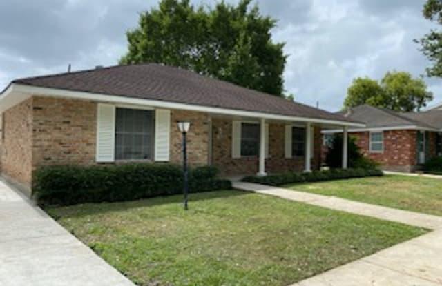 3611 Huntlee Dr. - 3611 Huntlee Drive, New Orleans, LA 70131