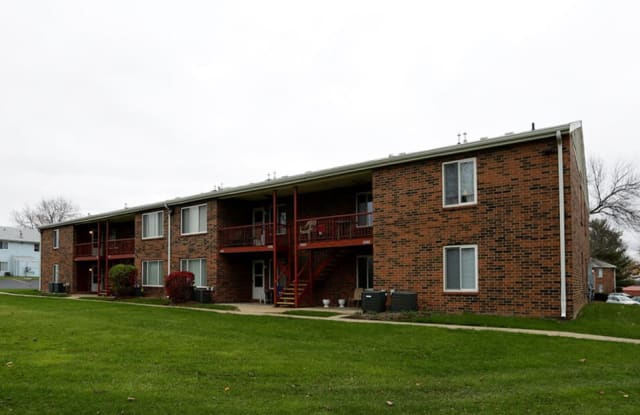 Indian Springs - 2609 Bow Ct, South Bend, IN 46628