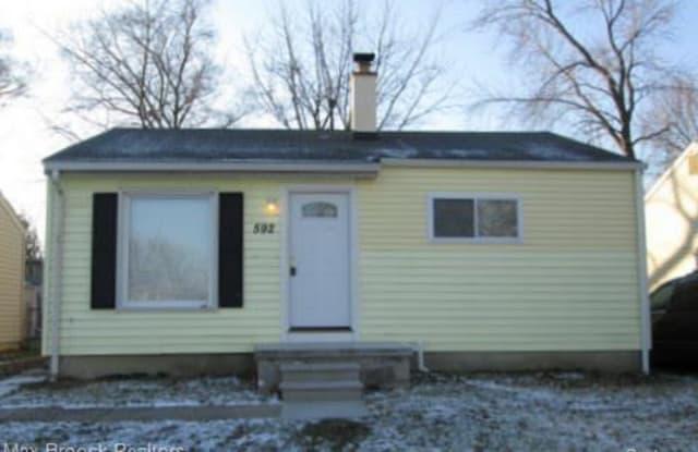 592 E Brockton Avenue - 592 East Brockton Avenue, Madison Heights, MI 48071