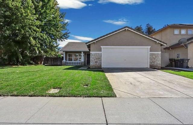 3310 Gaswell Ln - 3310 Gaswell Lane, Stockton, CA 95206