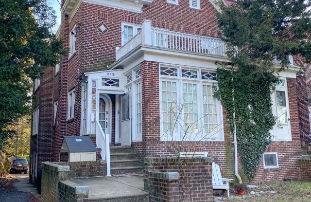 412 W MAPLE AVENUE - 412 West Maple Avenue, Merchantville, NJ 08109