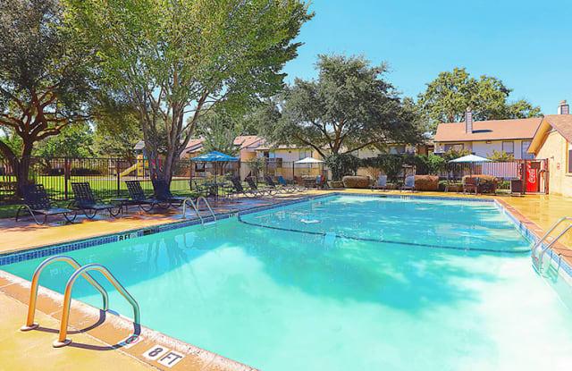 The Ashton Apartments - 1717 Shiloh Rd, Tyler, TX 75703