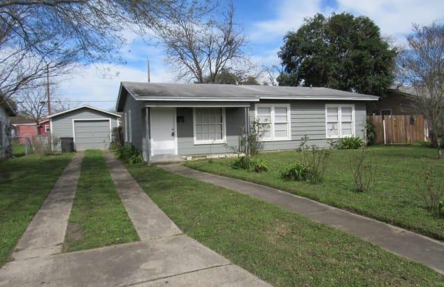 231 Galway St - 231 Galway Street, San Antonio, TX 78223