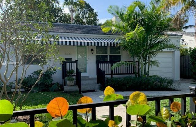 4630 SW 12 St - 4630 SW 12th St, Miami-Dade County, FL 33134