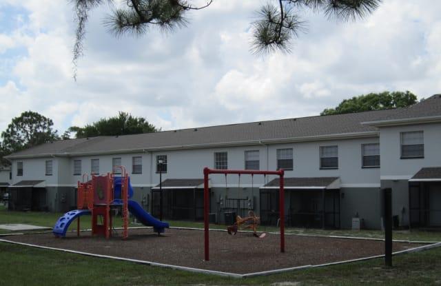 Windsor Manor - 8610 Pine Tree Ct, Tampa, FL 33604