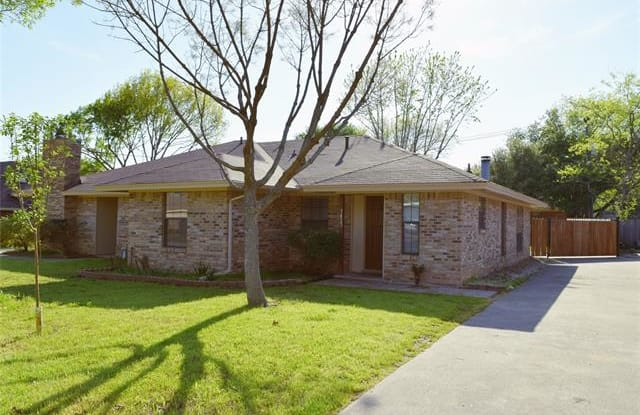 7423 Windhaven Road - 7423 Windhaven Rd, North Richland Hills, TX 76182