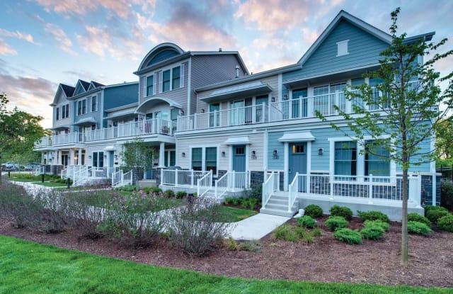 Eldridge Townhomes - 2 Elm Creek Dr Suite B, Elmhurst, IL 60126