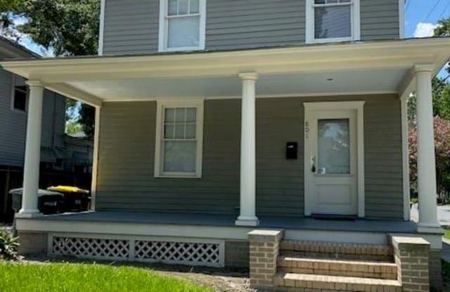 801 E 40th Street - 801 East 40th Street, Savannah, GA 31401