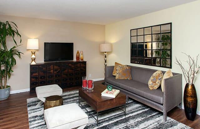 Madera Valley Apartments - 1495 Casa Buena Dr, Corte Madera, CA 94925