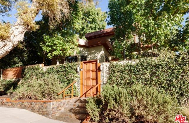 1636 Angelus Ave - 1636 Angelus Avenue, Los Angeles, CA 90026