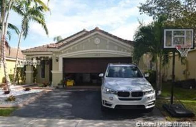 1482 Canary Island Dr - 1482 Canary Island Drive, Weston, FL 33327