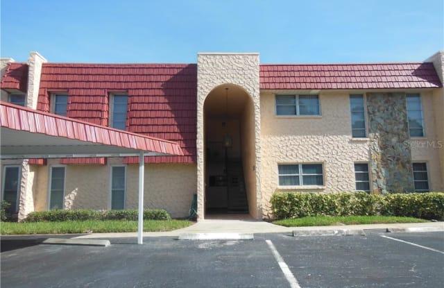 123 BUTTONWOOD CIRCLE - 123 Buttonwood Circle, Seminole, FL 33777