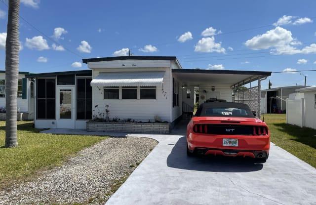 221 Trailorama Drive - 221 Trailorama Drive, Warm Mineral Springs, FL 34287