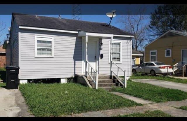 3208 Luna St - 3208 Luna Street, New Orleans, LA 70114