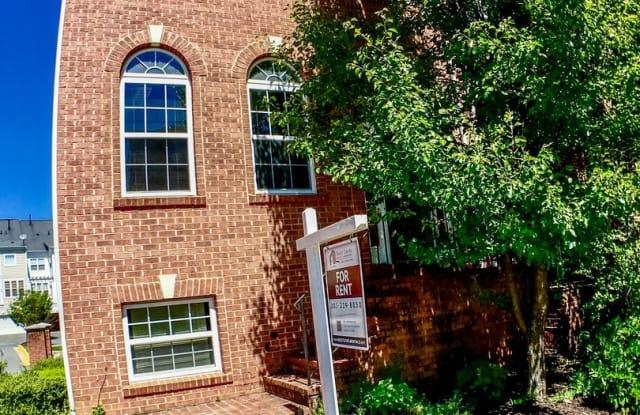 911 Crestfield Dr - 911 Crestfield Drive, Rockville, MD 20850