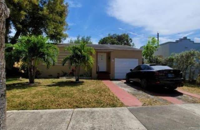 920 NW 48th St - 920 Northwest 48th Street, Miami, FL 33127