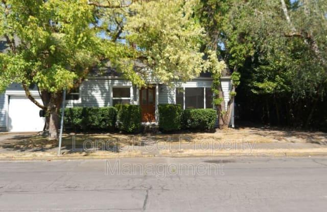 3215 NW Johnson Ave - 3215 Northwest Johnson Avenue, Corvallis, OR 97330