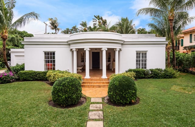 425 Seaspray Avenue - 425 Seaspray Avenue, Palm Beach, FL 33480