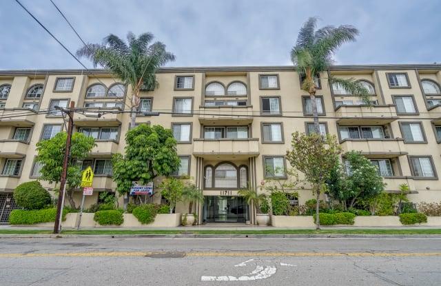Rose Flower Condos - 11711 Ohio Avenue, Los Angeles, CA 90025