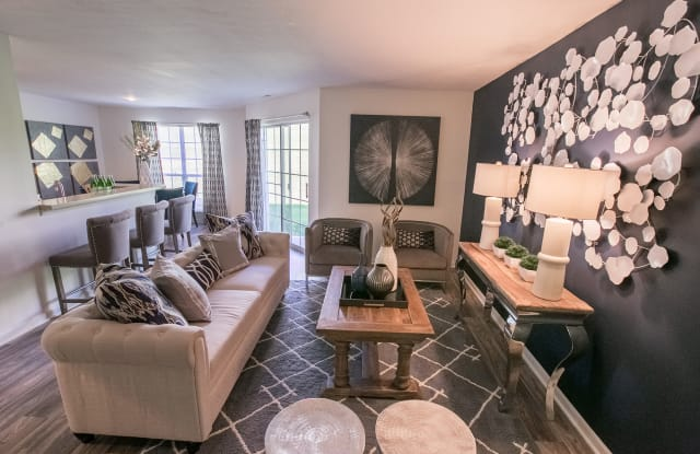 Kensington Grove Apartment Homes - 4800 Lake Forest Blvd, Westerville, OH 43081