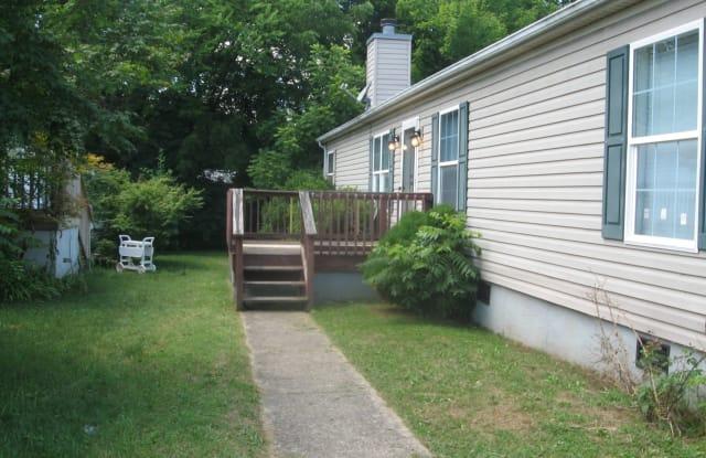 433 Shoreline Cir - 433 Shoreline Court, Nashville, TN 37013