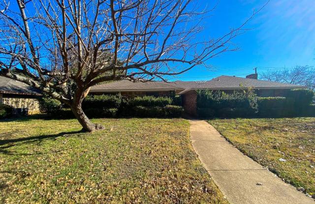 1342 Briarbrook Drive - 1342 Briarbrook Drive, DeSoto, TX 75115